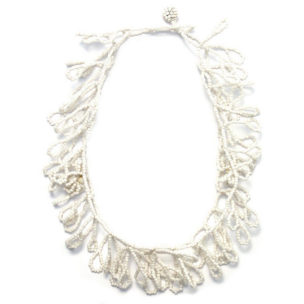 Necklace White Leaf Effect Made With Bead by JOE COOL