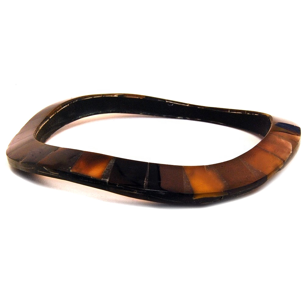 Bracelet Undulating Black Tile Made With Shell by JOE COOL