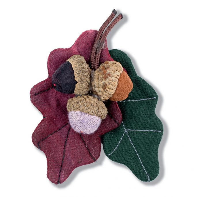 Brooch Autumnal Acorns Made With Cotton by JOE COOL