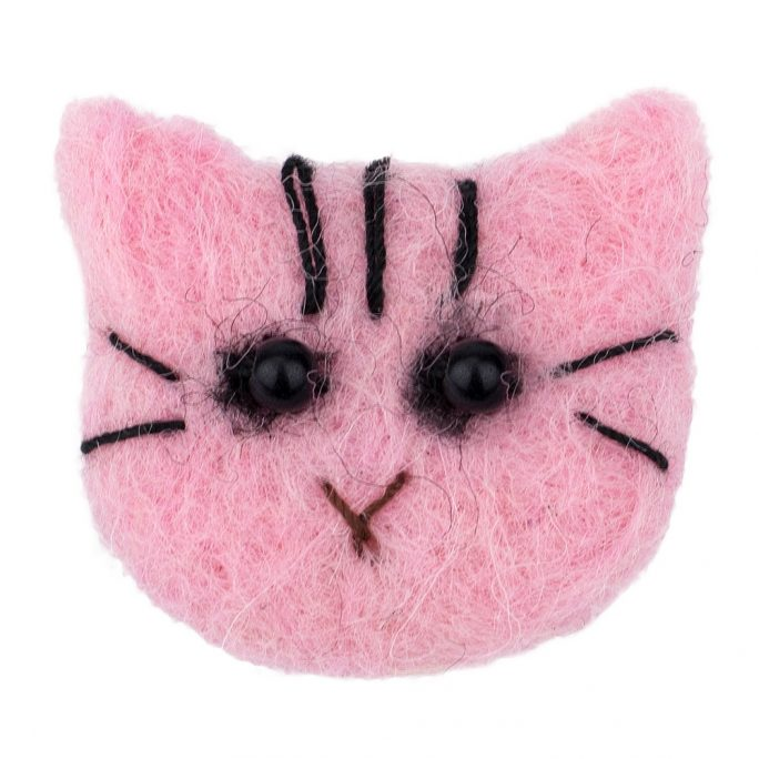 Clutch Pin Brooch Cat Made With Felt by JOE COOL